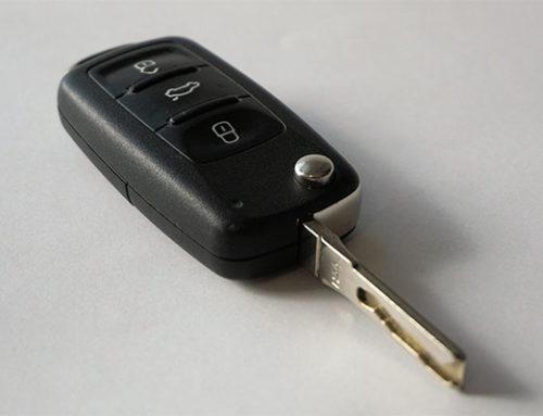 Riparazione e codifica telecomando auto